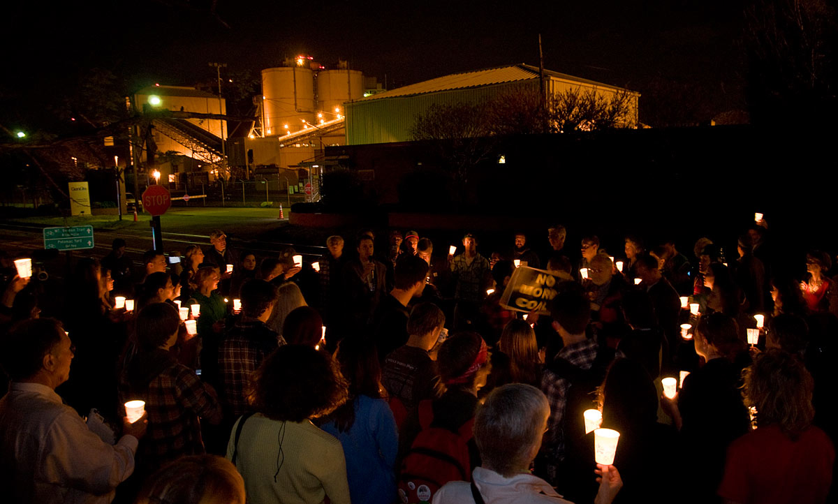 GenOn coal-fired power plant candlelight vigil
